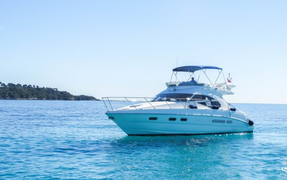 Location Yacht – SEALINE 42/5 ADASSA